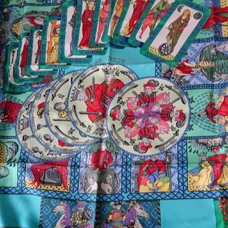 エルメス(Hermes)のエルメス 名作 クリスマス限定値引き24日まで タロット占い カレ90(スカーフ)
