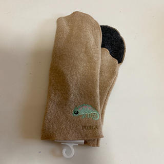 フルラ(Furla)のフルラ ミトン レディース  カメレオン 柄 ベージュ 新品(手袋)