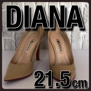 ダイアナ(DIANA)の美品 DIANA ダイアナ ヒール パンプス ベージュ エナメル 21.5cm(ハイヒール/パンプス)