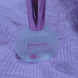 フィアンセ(FIANCEE)のフィアンセ ピュアシャンプー(香水(女性用))