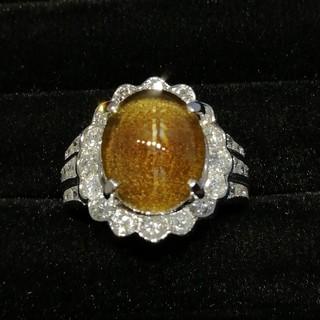 Pt900 大きめ石のキャッツアイ 取り巻き✨ダイヤ✨は豪華過ぎかも! 指輪(リング(指輪))