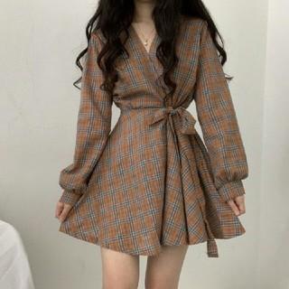 韓国のファッション新品可愛  チェック Vネック  ワンピース (ミニワンピース)