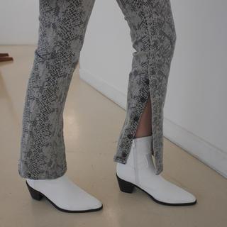 スタイルナンダ(STYLENANDA)のシックミドルヒールブーツ STYLENANDA(ブーツ)