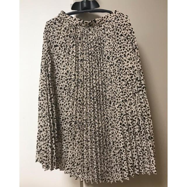 GU(ジーユー)のGUレオパードプリーツスカート  レディースのスカート(ひざ丈スカート)の商品写真