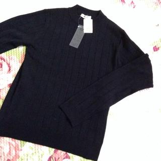 シマムラ(しまむら)の新品M♡黒、赤2点まとめ買い(カットソー(長袖/七分))