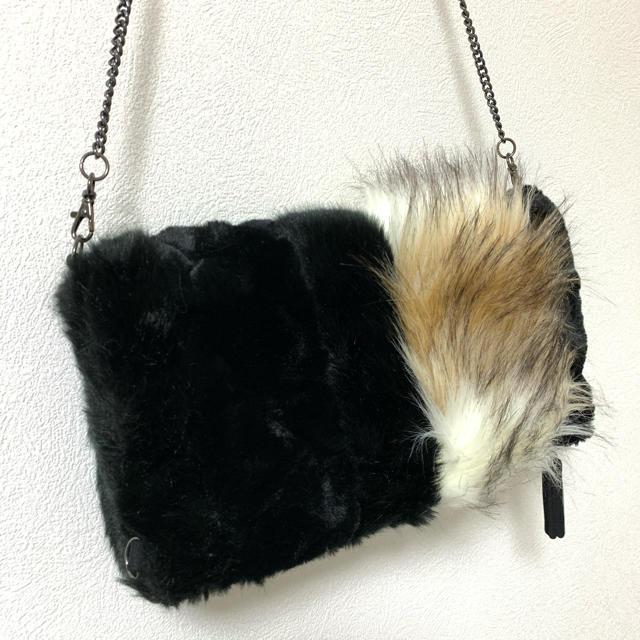 ZARA(ザラ)のファー クラッチ ショルダーバッグ レディースのバッグ(クラッチバッグ)の商品写真