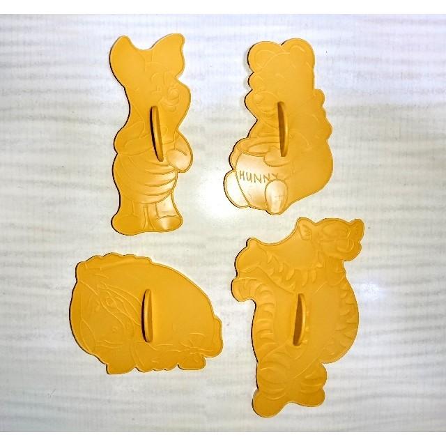 Disney(ディズニー)の新品★WILTON くまのプーさん クッキー型 海外ビンテージ クッキーカッター インテリア/住まい/日用品のキッチン/食器(調理道具/製菓道具)の商品写真