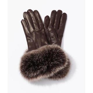 トゥモローランド(TOMORROWLAND)のGUANTI ALEX フォックスファーグローブ(手袋)