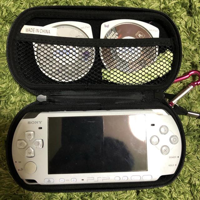 PlayStation Portable(プレイステーションポータブル)のPSP-3000 pw PEARL WHITE エンタメ/ホビーのゲームソフト/ゲーム機本体(携帯用ゲーム機本体)の商品写真