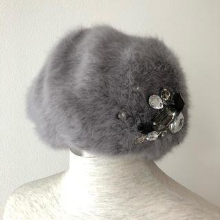マーキュリーデュオ(MERCURYDUO)の美品 ビジュー付 ベレー帽(ハンチング/ベレー帽)