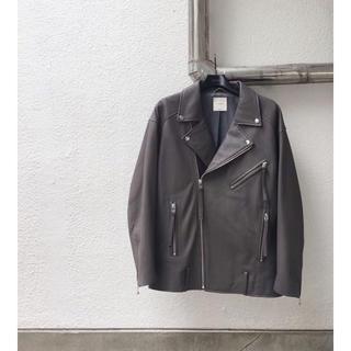 アリシアスタン(ALEXIA STAM)のjuemi  Big Silhouette Moto Jacket(ライダースジャケット)