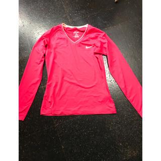 ナイキ(NIKE)の美品 NIKEインナー サイズL ピンク(アンダーシャツ/防寒インナー)