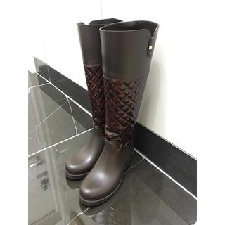 サルヴァトーレフェラガモ(Salvatore Ferragamo)のフェラガモ べっ甲柄 レインブーツ 美品 size7 (レインブーツ/長靴)