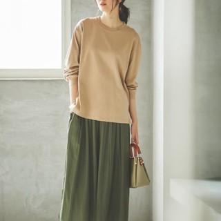 STUDIO CLIP - ユニクロ コットンTシャツ+黒インナー
