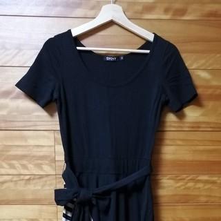 ダナキャランニューヨーク(DKNY)の半袖切り替えストレッチワンピース(ひざ丈ワンピース)