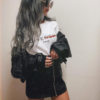フォーエバートゥエンティーワン(FOREVER 21)のタグ付き 合皮スカート レザー風 シルバー ジッパー 試着のみ(ミニスカート)
