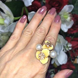お花とパール のリング(リング(指輪))