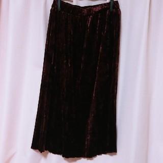 アベイル(Avail)のベロアスカート(ひざ丈スカート)