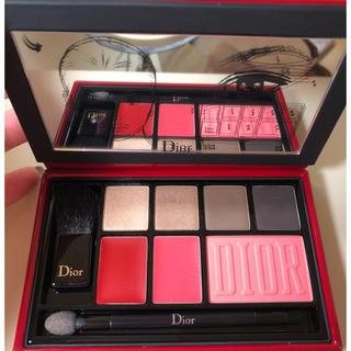 Dior - 【限定品】ディオール アイシャドウ、チーク、リップ、筆のセット