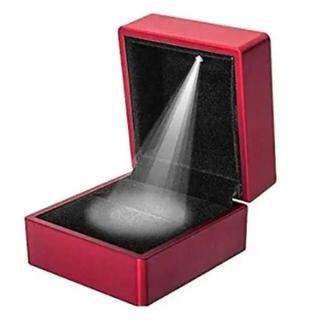 LEDライト リングケース 指輪ケース ジュエリーケース レッド プロポーズ(リング(指輪))