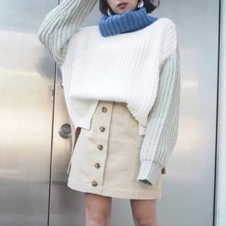ムルーア(MURUA)のボタンスカート(ミニスカート)