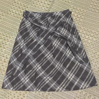 バーバリー(BURBERRY)のラメスカート(ひざ丈スカート)