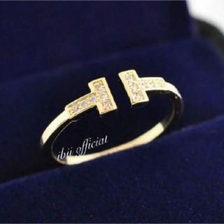 ティファニー(Tiffany & Co.)の✨ティファニー好き✨Tワイヤーリング✨ゴールド✨(リング(指輪))