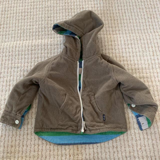 SHIPS(シップス)のSHIPS リバーシブルパーカー キッズ/ベビー/マタニティのベビー服(~85cm)(ジャケット/コート)の商品写真