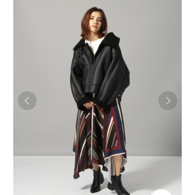 JEANASIS(ジーナシス)のジーナシス  ムスタン 2018wモデル レディースのジャケット/アウター(ムートンコート)の商品写真
