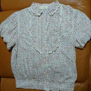 ダブルクローゼット(w closet)の小花柄ブラウス(シャツ/ブラウス(半袖/袖なし))