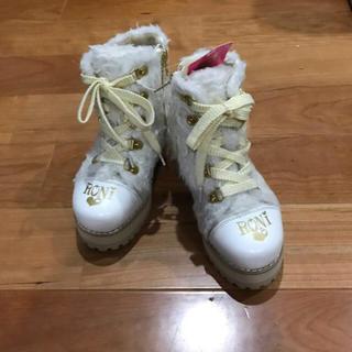 ロニィ(RONI)の新品未使用 RONI ボア ブーツ 白 ゴールド 18cm (ブーツ)