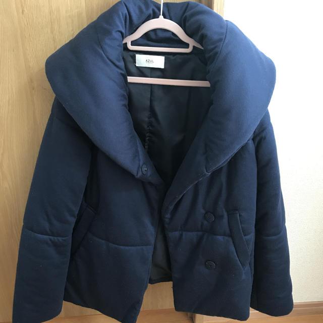 AZUL by moussy(アズールバイマウジー)のショートダウン ネイビー AZUL レディースのジャケット/アウター(ダウンジャケット)の商品写真