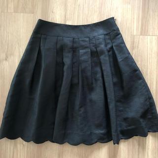 HONEYS - 黒のスカート  裾が凝ってます♡