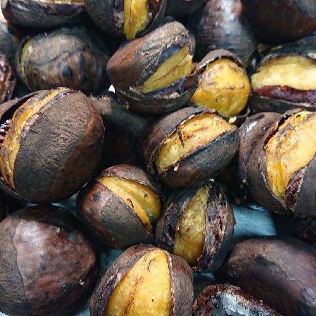 焼き栗 2袋 540g 食品/飲料/酒の食品(野菜)の商品写真