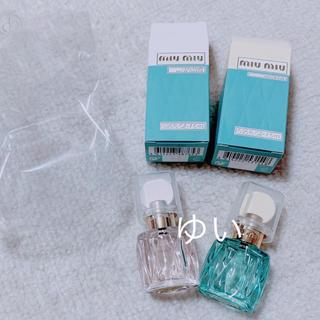 ミュウミュウ(miumiu)のmiumiuミュウミュウローロゼローブルーミニチュアノベルティ香水非売品限定品(香水(女性用))