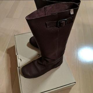 コース(KOOS)のKOOS ブーツ ダークブラウン ベルト付 24センチ(ブーツ)