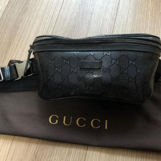 Gucci - 【極美品】GUCCI  インプリメ ボディバッグ/ウエストポーチ