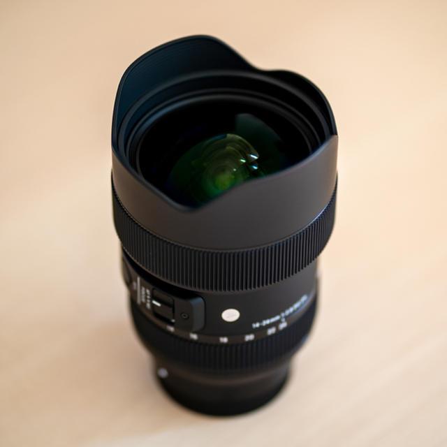 SIGMA(シグマ)の帰宅様専用 Sigma 14-24mm F2.8 DG DN ソニーEマウント スマホ/家電/カメラのカメラ(レンズ(ズーム))の商品写真