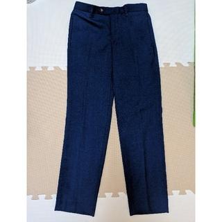 ミラオーウェン(Mila Owen)のミラオーウェン センタープレス 明るめ紺色パンツ(クロップドパンツ)