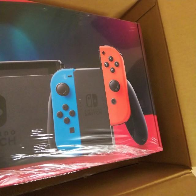 Nintendo Switch(ニンテンドースイッチ)の新品 Nintendo Switch 新型 本体 ネオン エンタメ/ホビーのゲームソフト/ゲーム機本体(家庭用ゲーム機本体)の商品写真