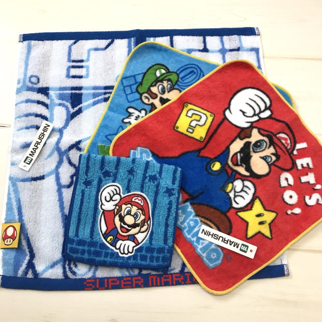 新品 スーパーマリオ ハンドタオル ミニタオル ポケット付きタオル 4枚セット キッズ/ベビー/マタニティのこども用ファッション小物(その他)の商品写真