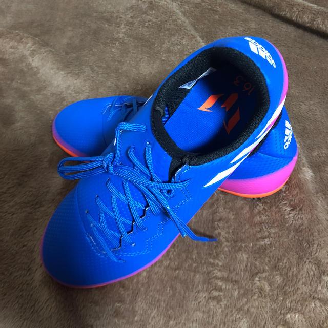 adidas(アディダス)のアディダス スパイク 22センチ スポーツ/アウトドアのサッカー/フットサル(シューズ)の商品写真