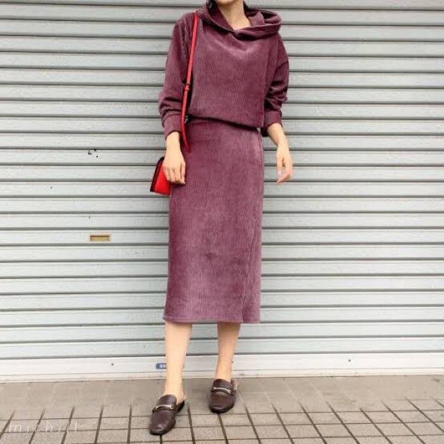GU(ジーユー)のベロアパーカー&スカート セットアップ レディースのレディース その他(セット/コーデ)の商品写真