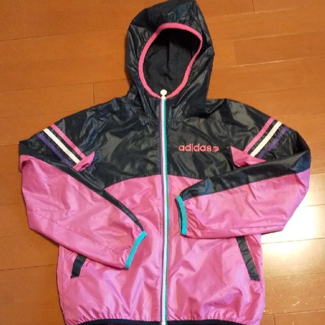 adidas(アディダス)のadidas  ウインドブレーカー レディースのジャケット/アウター(ナイロンジャケット)の商品写真
