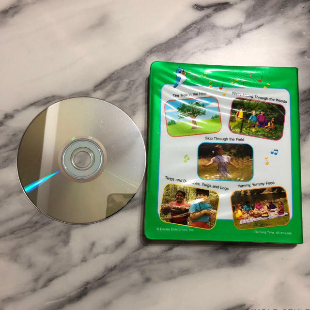 Disney(ディズニー)の【字幕あり】DWE ストレートプレイDVD 5巻 キッズ/ベビー/マタニティのおもちゃ(知育玩具)の商品写真