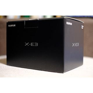 フジフイルム(富士フイルム)のFUJIFILM X-E3 ボディ シルバー 新品 未使用 保証有(ミラーレス一眼)