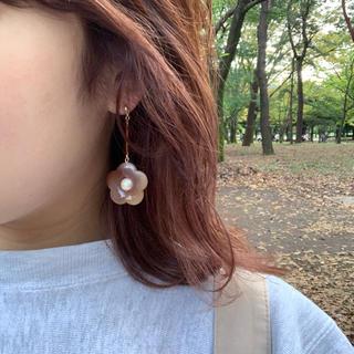 Kastane - 再∞販 marble brown flower pierce