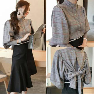 GOGOSING - ノーカラーシャツ チェックシャツ 韓国ファッション バックリボンシャツ