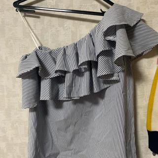 セシルマクビー(CECIL McBEE)のトップス(カットソー(半袖/袖なし))