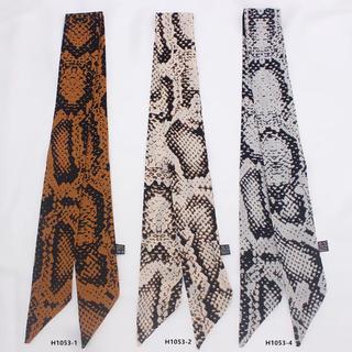 ZARA - 新品 ❤︎ パイソン柄 スカーフ